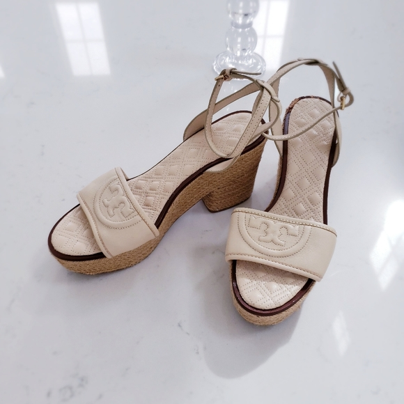 Tory Burch  Cream leather strappy sandals heels